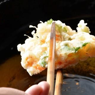 旬の素材を天ぷらでもお楽しみいただけます。