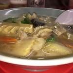 木蘭 - 炒めてから煮込んでるのかな モノ言えぬくらいこれぞ中華の麺のトロミの域
