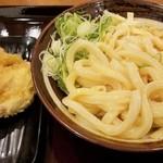 手打うどん いわしや - チーズ玉と鶏の天ぷら