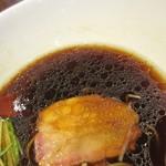 麺屋 翔 - 醤油スープの色気