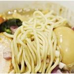 煮干し中華そば 一剣 - ポキポキな低加水麺。メニュー毎に麺は違います。