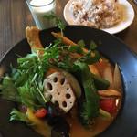 スープカレー食堂 ROCKETS - クーポンでミニラッシーゲット(^ ^)