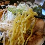 北海道らぁ麺 ひむろ - おなじみ美味しい黄色い麺。