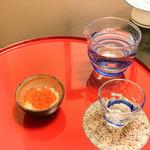 うなぎ 善 - お通しと日本酒
