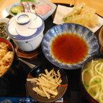 山海亭 - 山海定食