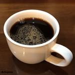 支那そば 僉 - アイスコーヒー セルフサーヴィス