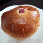 パンの家・あらもーど - 桜あんパン