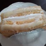 パンの家・あらもーど - ホワイトチョコレートと生クリームのフレンチトースト