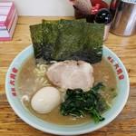 六角家 - ラーメン 650円 味付玉子 100円