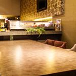 LaLa Cafe - 1Fテーブル席