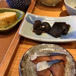 98034034 - 牡蠣と昆布の佃煮  へしこ
