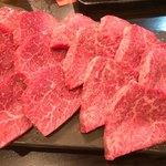 98034274 - 厚切りのヒレ肉と・・・