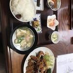 やま茶家 - 料理写真:ジャンボ定食…物凄い量です‼️この量で1300円は安いかも‼️