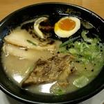 Koganeya - 黒豚骨Wチャーシュー麺味玉入り
