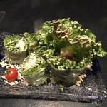 鮨処 魚一心 - カニとチーズの生春巻き