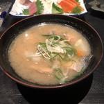 鮨処 魚一心 - 白身魚のアラ汁