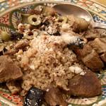 98046252 - アラブ風子羊のスパイス煮込みと揚げナスのクスクス