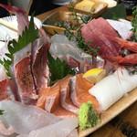 タカマル鮮魚店  - 刺身盛り合わせ
