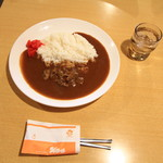 シャスール - 牛すじカレー 890円