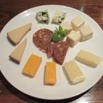 jouir - チーズ 600円(税込)