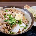 麺でぃ~ - 料理写真:肉ぶっかけ冷