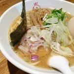 Mensakabamagari - センパイの食べた鶏豚魚介