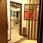 韓国ダイニング 狎宮満 - 韓国ダイニング 狎宮満 @中葛西 2階にある店舗の出入口