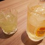 新荘園 - キューイの果実酒と梅角ハイボール