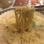 牛平 - 豆乳ラーメンの麺