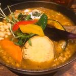 Rojiura Curry SAMURAI.  - 「ひき肉温玉納豆と野菜」