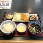 岩野屋 - 料理写真:カキフライ+定食セット 890円
