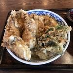 98101689 - かき天5コ、大きなカボチャ天、春菊の天ぷら