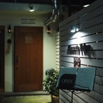 リストランテ ピッツェリア ジャンカルロ トウキョウ - お店入り口