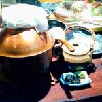 98114667 - 塩引き鮭とイクラの釜戸炊き銅鍋御飯