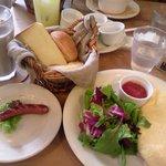 9812352 - ラ・ターブルの朝食とオムレツセット