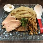 柳麺 呉田 - 麺皿