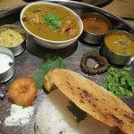 南インド料理 葉菜 - ミールス