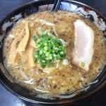 だるま亭 - 背脂味噌ラーメン   800円