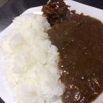 だるま亭 - 半カレー   +200円