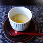 茶寮いま泉 - 最初に提供された茶碗蒸し
