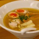 鶏亭 SaCURA - 鶏そば ★いっしーリコメンド