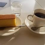 カステラの銀装 カフェ ラ・サール -