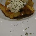 kawara CAFE&DINING - アンチョビポテト