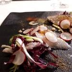 98153242 - 伊豆の鰆と石鯛を使った春野菜のサラダ仕立て。鰆は皮目を焼いてある。カラスミがアクセント。豆乳マヨネーズ。