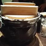 飛騨牛グリルばくろ - 青菜としらすの土鍋炊き込みご飯