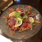 イタリアンバル グラーノドォーロ - ぶりのカルパッチョ  1000円