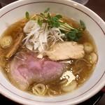 麺や 雅流 - 料理写真:鶏豚淡麗醤油ラーメン680円