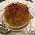 98172432 - 京都産詰産里芋 馬糞雲丹 ジュレがかかっていました。里芋は器の底に角切りとペーストで。 雲丹が新鮮。これも好み。