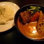 98174548 - トロトロ角煮カレー 1,100円