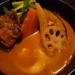 98174559 - トロトロ角煮カレー 1,100円